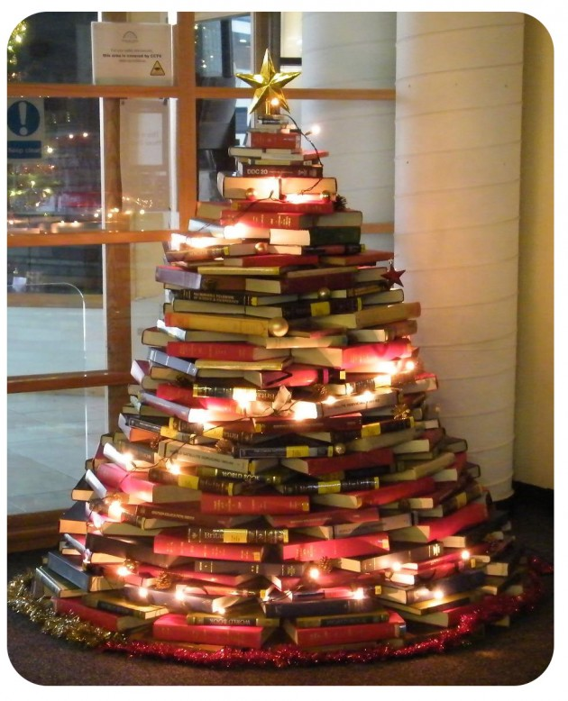 BOOK Christmas Tree Smaller[1]