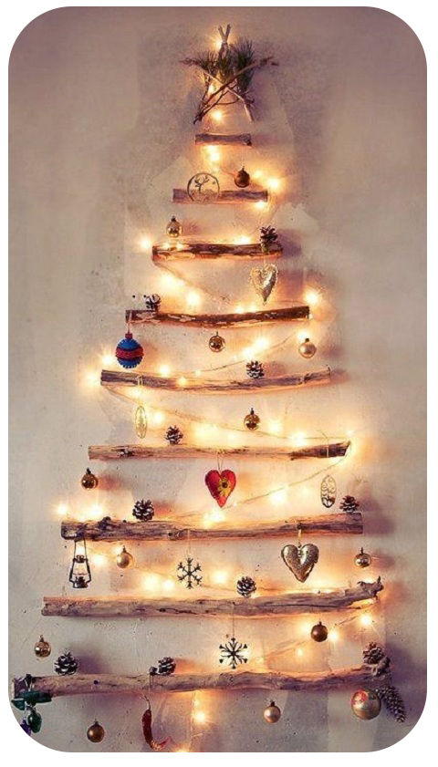 wood-christmas-tree-wall
